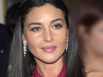 Monica Bellucci mamma cinquantenne