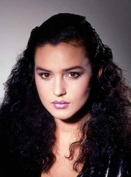 Monica Bellucci ragazza