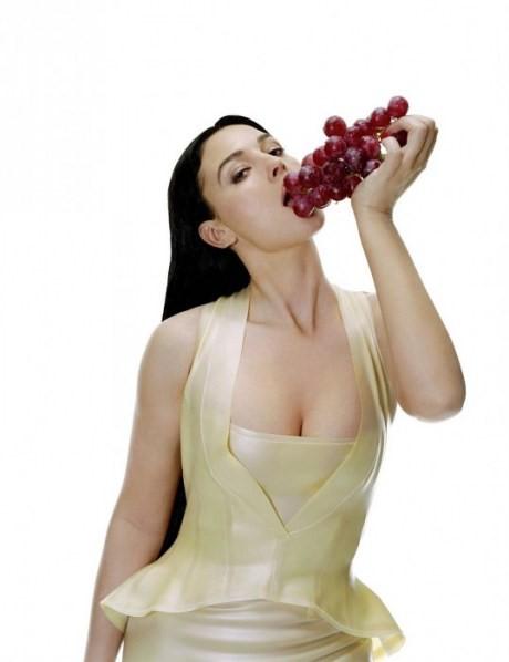 Monica Bellucci fisico