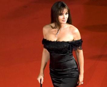 Monica Bellucci vestito nero